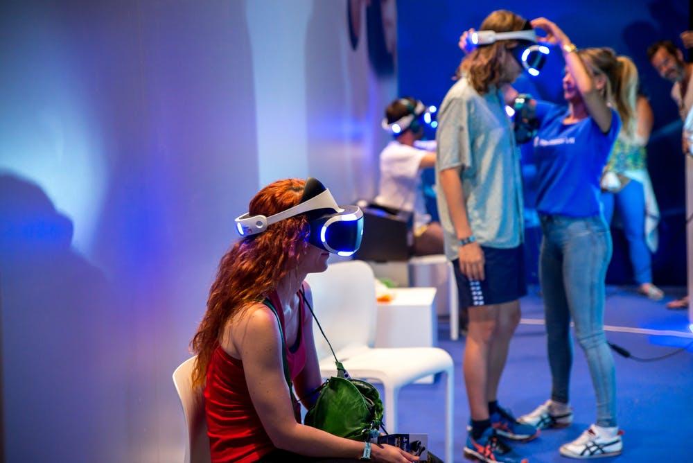 Sony Vr Brille 2 : Playstation vr im test niedrige auflösung tolles vr erlebnis