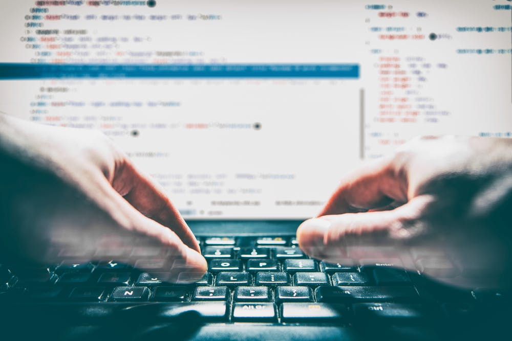 Die beliebteste Programmiersprache: Python behauptet sich vor C++ und C