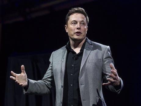 Tesla schafft Quartalsgewinn: Befreiungsschlag für Elon Musk – Aktie schießt nachbörslich in die Höhe