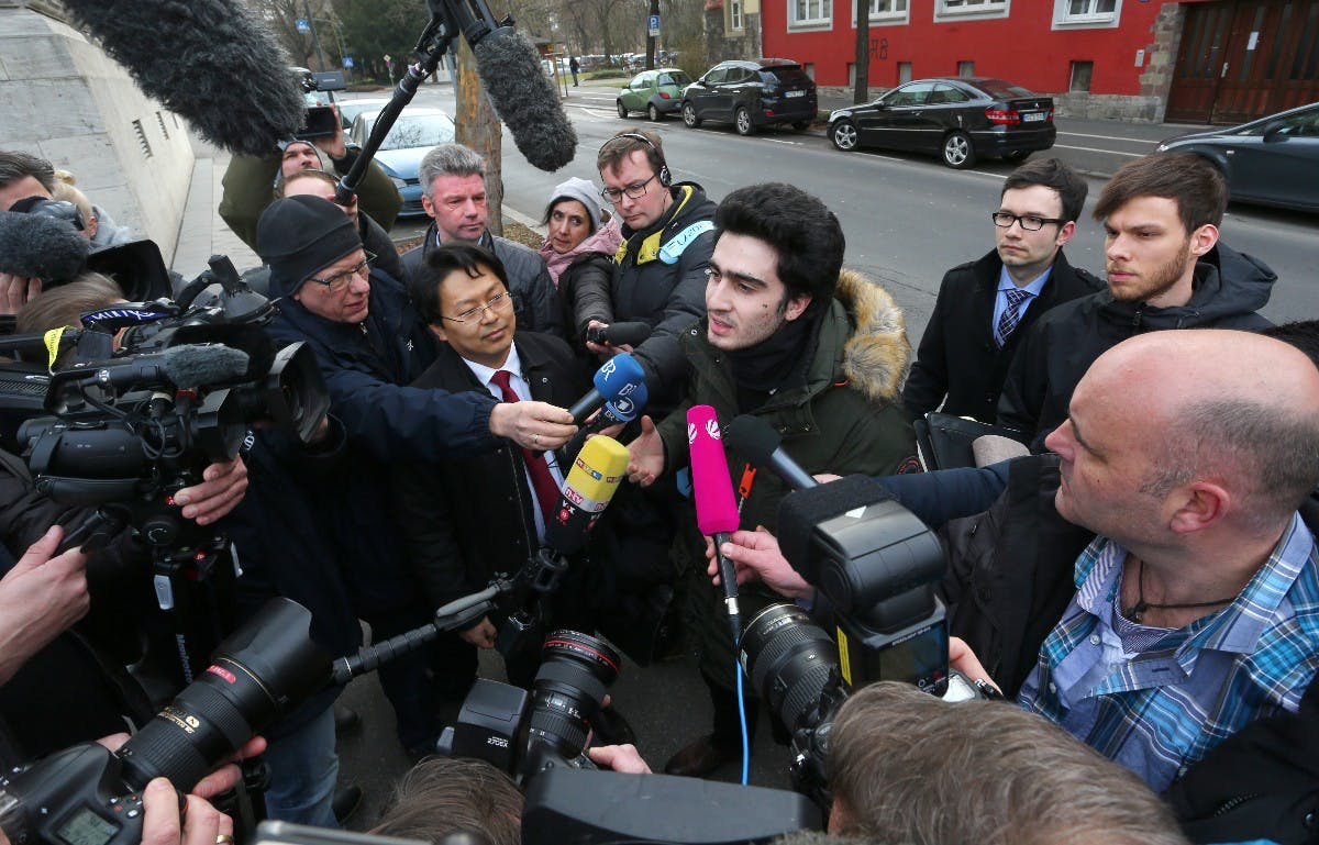 Merkel-Selfie & Facebook: Das sagt ein Internetrechtler zu dem Prozess