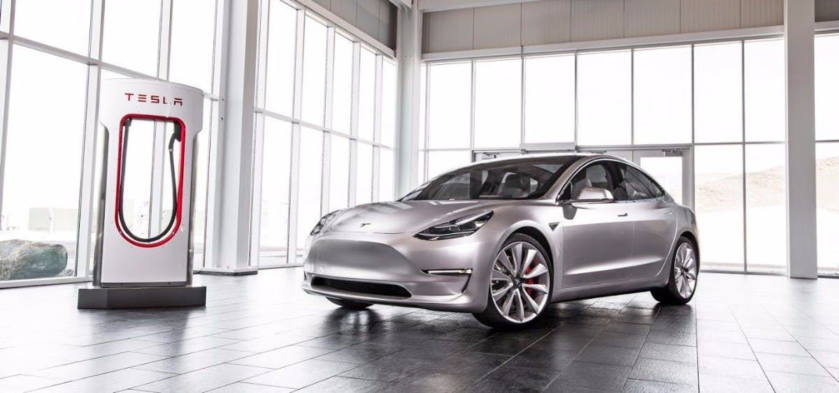 """Production Hell"": Tesla verschiebt Elektro-Lkw Semi wegen Model-3-Fertigung"