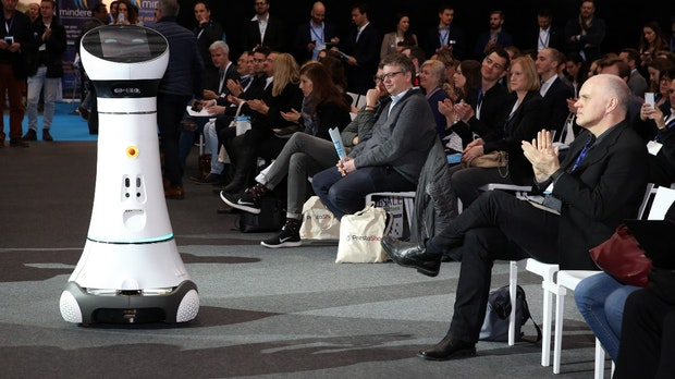 Roboter als Verkäufer: Media Markt und Saturn gehen neue Wege