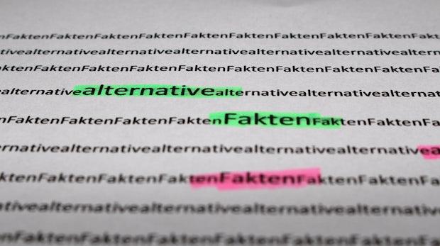 Gegen Fake-News und Gewalt: So trainiert Google den Suchalgorithmus