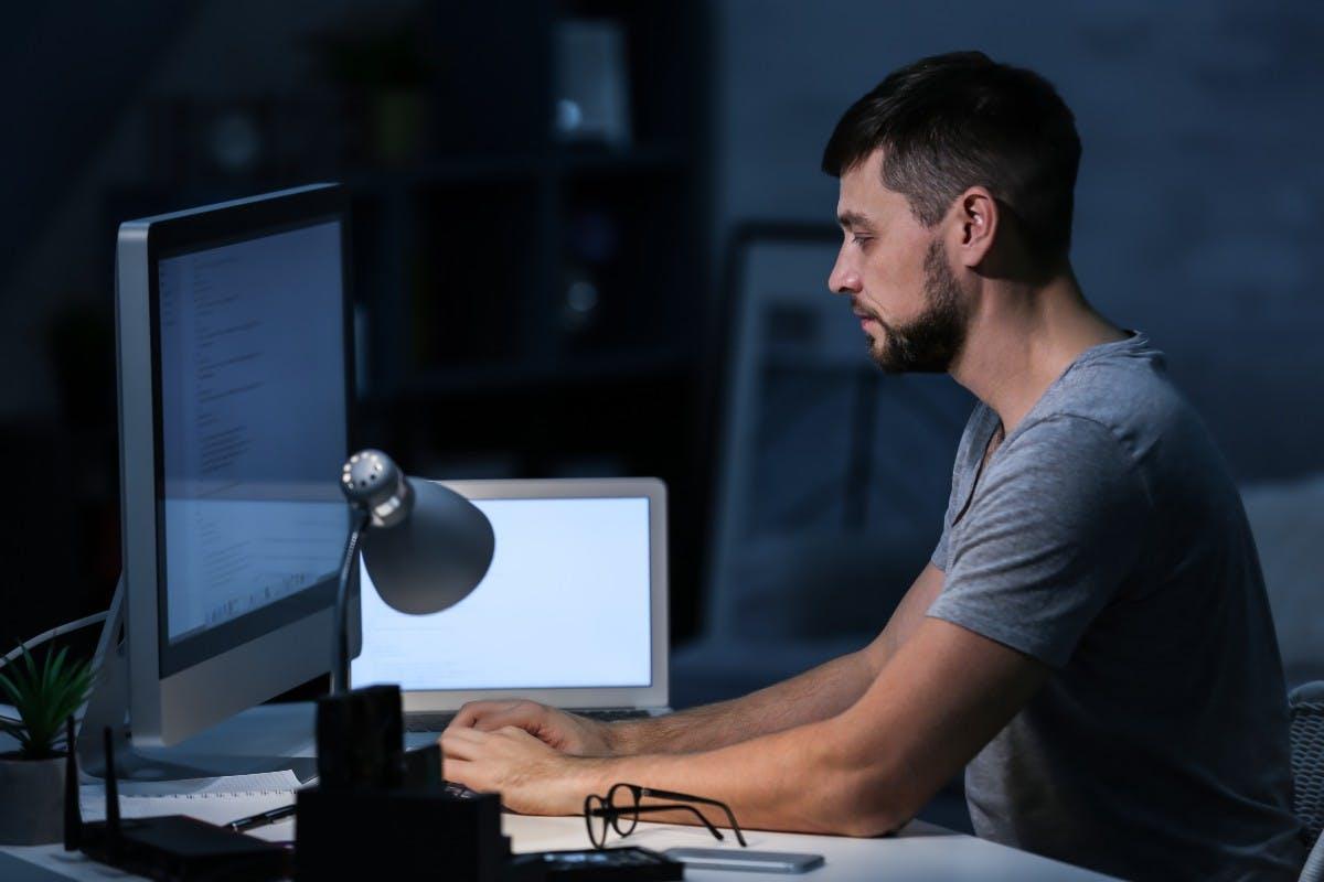 Stack Overflow: Deutsche Entwickler fühlen sich unterbezahlt