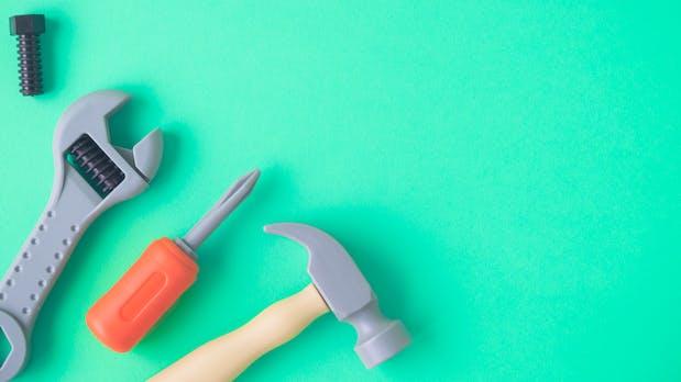 Knapp bei Kasse? 19 kostenlose Tools für Startups