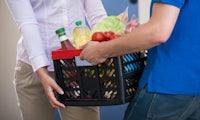 Im Internet bestellen, am Bahnhof abholen: Edeka testet Supermarkt-Paketstation