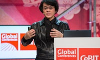 Japanischer Professor Hiroshi Ishiguro auf der Cebit: Die Roboter stehen vor der Tür