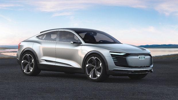 Das zweite Stromer-Modell aus dem Hause Audi ist das E-Tron Sportback Concept. Das E-Auto, das auch als Audi Q6 E-Tron bezeichnet wird, soll ab 2019 in Serie gehen und eine Reichweite von 500 Kilometern liefern. (Bild: Audi AG)