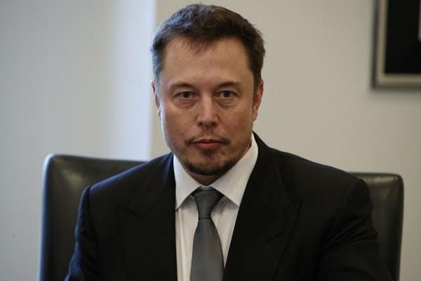 Crowdfunding für einen Milliardär: Das Internet schenkt Elon Musk eine neue Couch