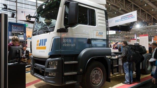 VW testet ab kommender Woche E-Trucks