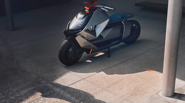 BMW zeigt schickes Elektromotorrad mit Rückwärtsgang