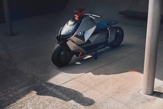 BMW zeigt Elektromotorrad mit Rückwärtsgang
