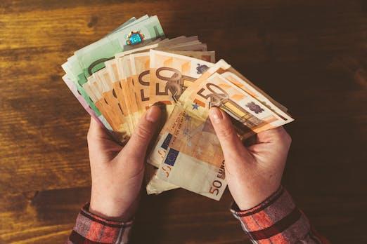 Studie: Bargeldzahlung geht am schnellsten