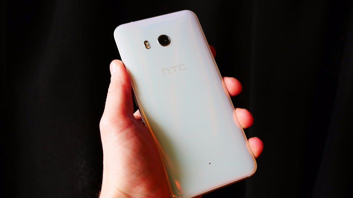 HTC U11 ist offiziell: Das High-End-Smartphone mit Drück-mich-Rahmen