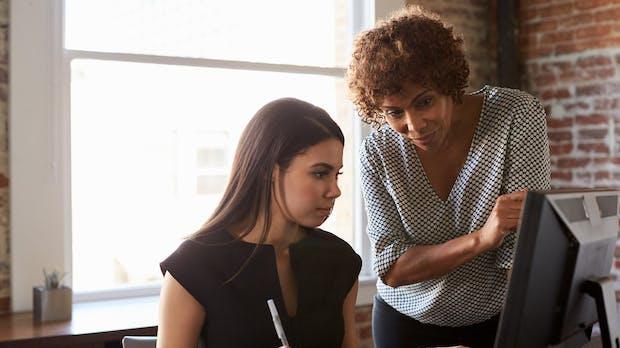 Unerwünschte Küsse, sexuell eindeutige E-Mails: Frauen in Startups werden häufig sexuell belästigt