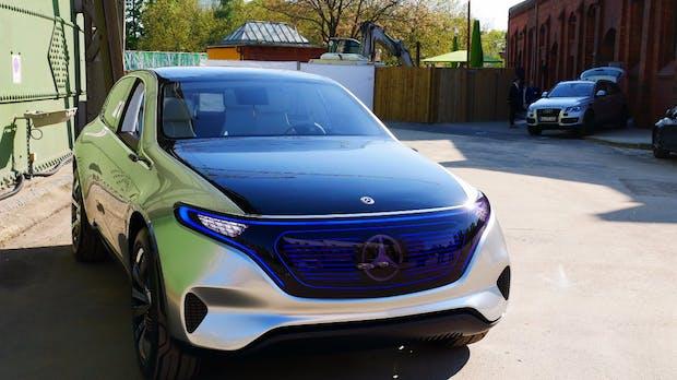 Daimler bläst mit seinem EQC zur Aufholjagd auf Tesla