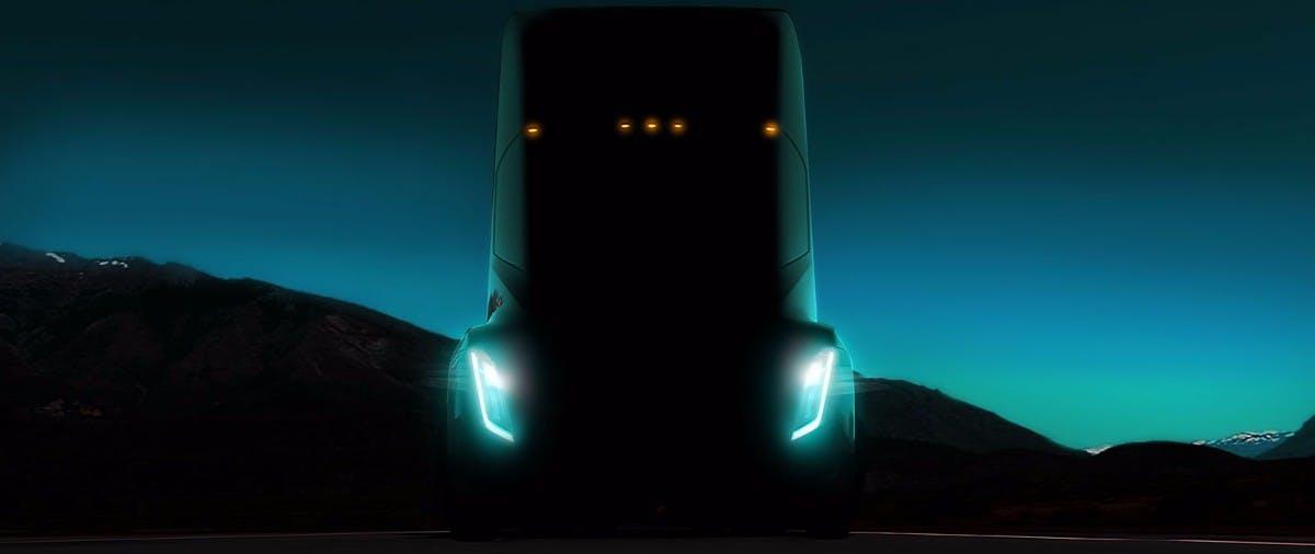 Semi: Tesla soll mit Kunden an Megacharger für seinen Elektro-LKW arbeiten
