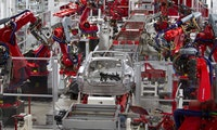 Trotz Schließung wegen Corona-Krise: Musk ruft Mitarbeiter in Tesla-Fabrik