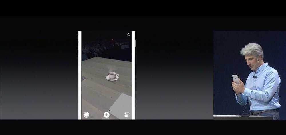 Mit der neuen ARKit-API lassen sich beispielsweise Objekte im Raum platzieren. (Screenshot: Apple)