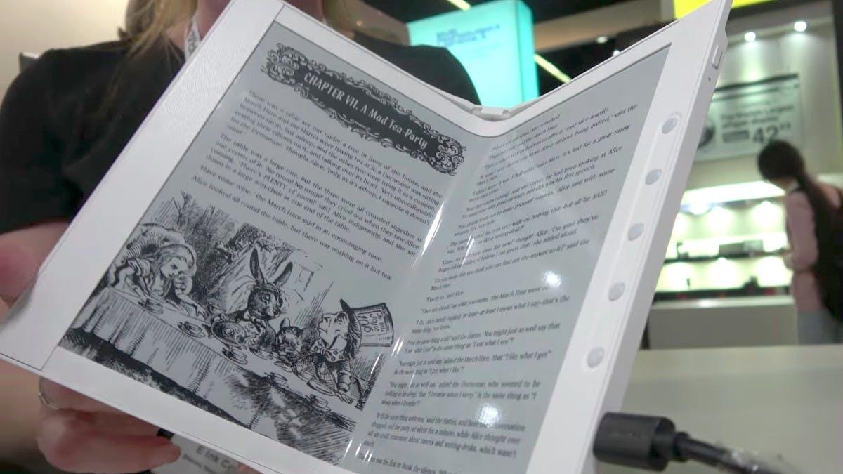 Fast wie ein echtes Buch: Der erste klappbare E-Book-Reader ist da