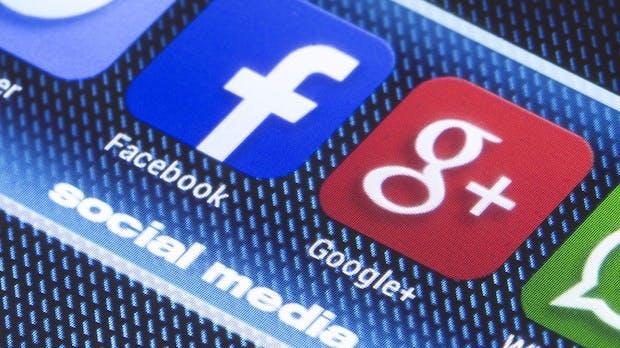 Orwells Albtraum – Hören Facebook & Google heimlich zu?