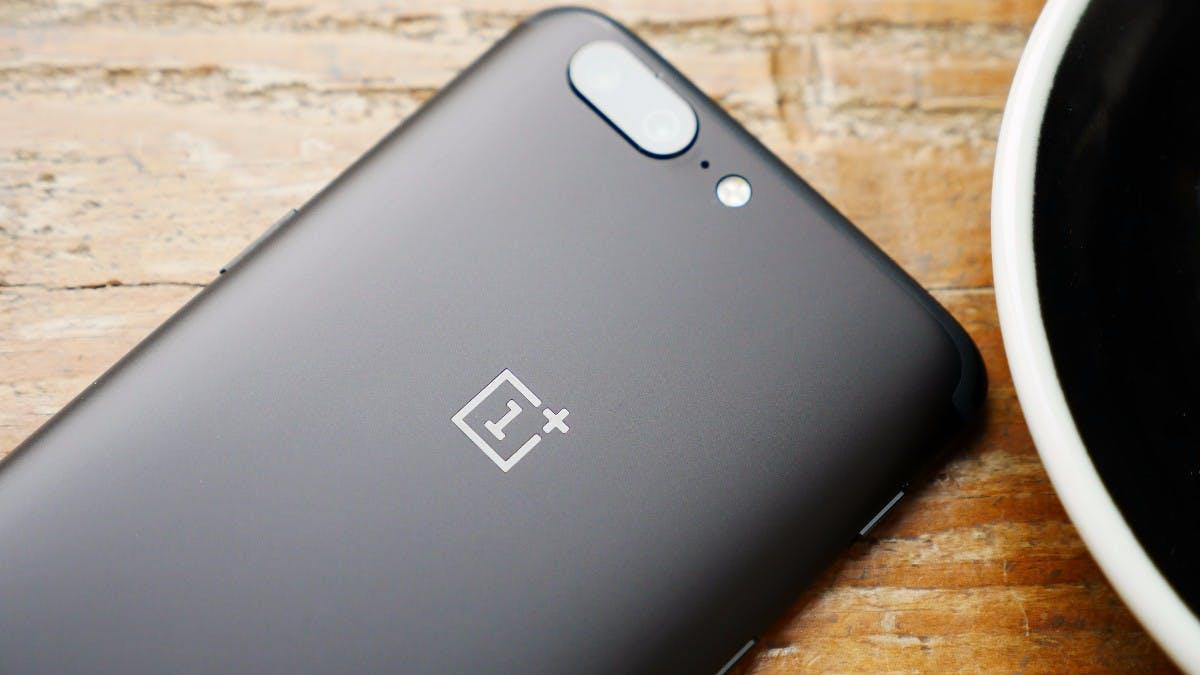 Oneplus-Smartphones senden offenbar sensible Nutzerdaten an Hersteller