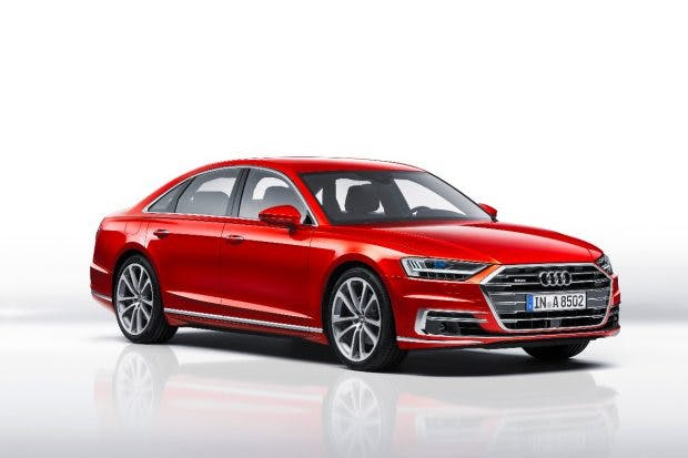 Der neue A8 ist auf hochautomatisiertes Fahren entwickelt worden – auf der Autobahn könnedas Fahrzeugin Stausituationen bis 60 Kilometern pro Stundedie Fahraufgabe übernehmen. (Foto: Audi)