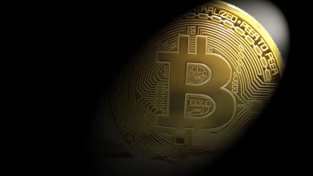 Platzt die Bitcoin-Blase bald? Diese KI-App soll Investoren vor dem Crash warnen