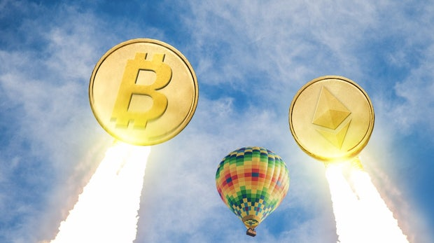 Kursexplosion bei Bitcoin, Ether und Ripple: Börsen Coinbase und Bitfinex brechen zusammen