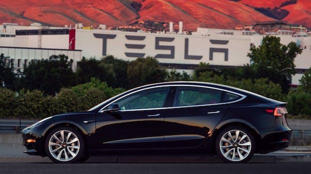 Tesla Model 3: Auslieferung an deutsche Kunden verschiebt sich auf 2019