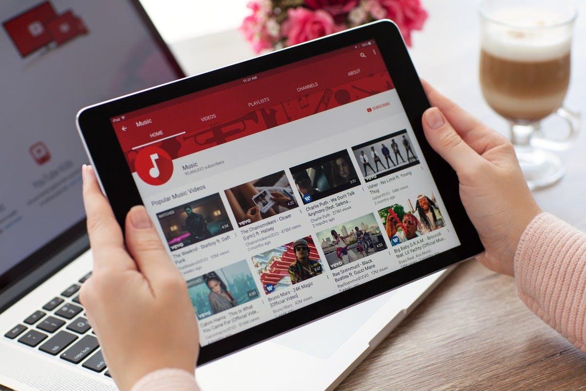 Youtube verbietet Videos zu Verkauf undZusammenbau von Waffen