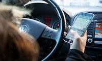 Apps im Auto: Per Fingertipp in die Parklücke