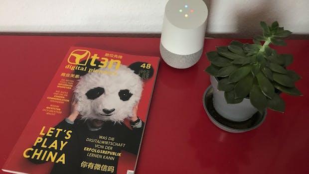 Google Home fügt sich aufgrund seines minimalistischen Designs gut ein. (Foto: t3n)