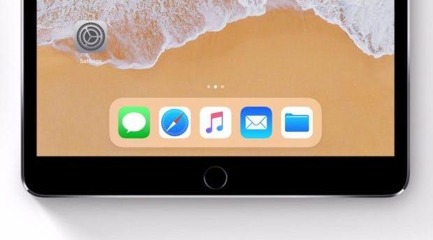 Wie auf dem iPad unter iOS 11 soll das Dock auch auf dem iPhone 8 umgesetzt werden. (Bild: Bloomberg; Apple)