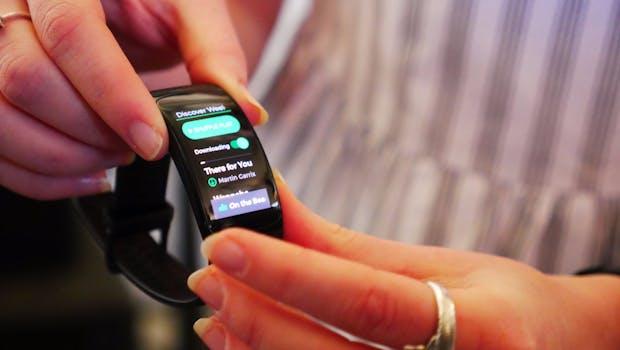 Samsung Gear Fit 2 Pro bietet Spotify-Offline. (Foto: t3n)