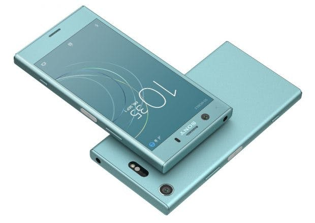 Sony Xperia XZ1 compact ist nicht sonderlich dünn, aber kompakt. (Bild: Sony)