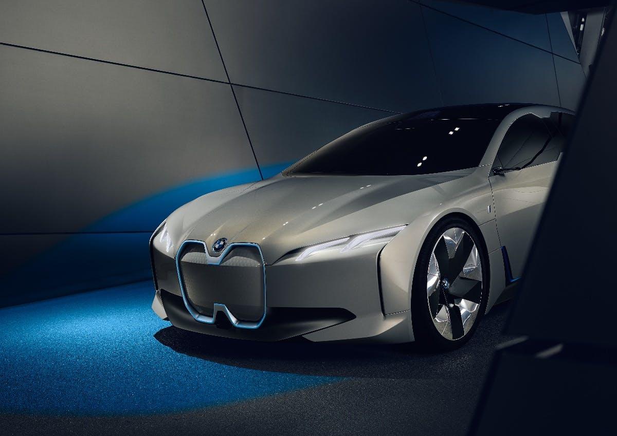 BMW will Elektroautos in weniger als 15 Minuten aufladen