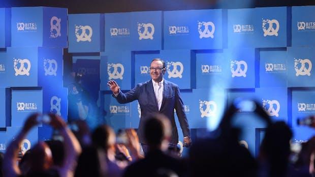 Kevin Spacey wird offizieller vierter Partner der Bits & Pretzels