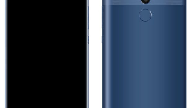 Das Huawei Mate 10 Pro in Blau. (Bild: Playfuldroid)