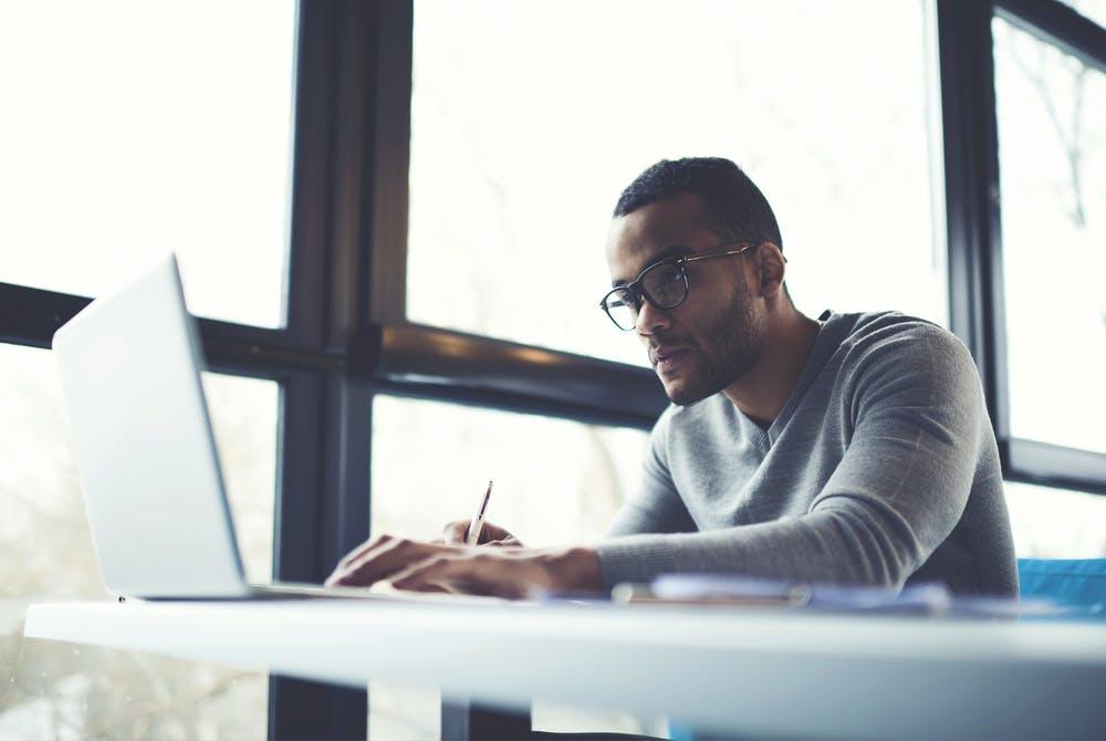 Freelancer-Kompass 2017: So steht es um Stundensatz und Auftragslage der IT-Experten