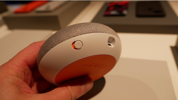 Der Google Home Mini. (Foto: t3n.de)