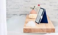 Kindle Oasis: Amazon macht seinen Edel-E-Book-Reader wasserdicht und etwas größer