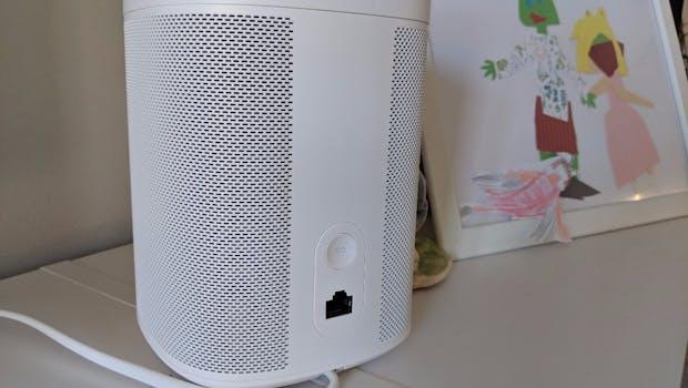 Der Sonos One von hinten.  (Foto: t3n)