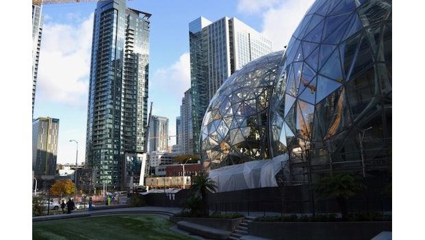 """Amazons Biosphäre """"The Spheres"""" in Seattle. Ein Teil des Headquarters in der Innenstadt. (Foto: t3n.de/Jochen G. Fuchs)"""