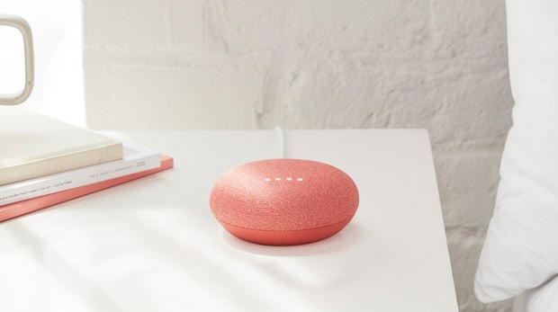 """Google Home Mini im Test: Das kann der kleine Google-Assistant-""""Donut"""""""