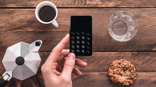 Das Nichephone-S ist ein winziges Telefon auf Android-Basis