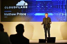 Auf dem Qualcomm-Launch-Event wurden auch Einsatzzwecke von Unternehmen wie Cloudflare gezeigt. (Foto: Qualcomm)