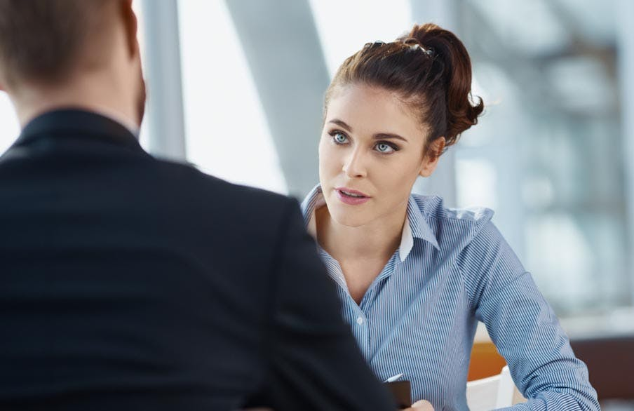 Vorstellungsgespräch: 10 Rückfragen – und was eine Expertin von ihnen hält