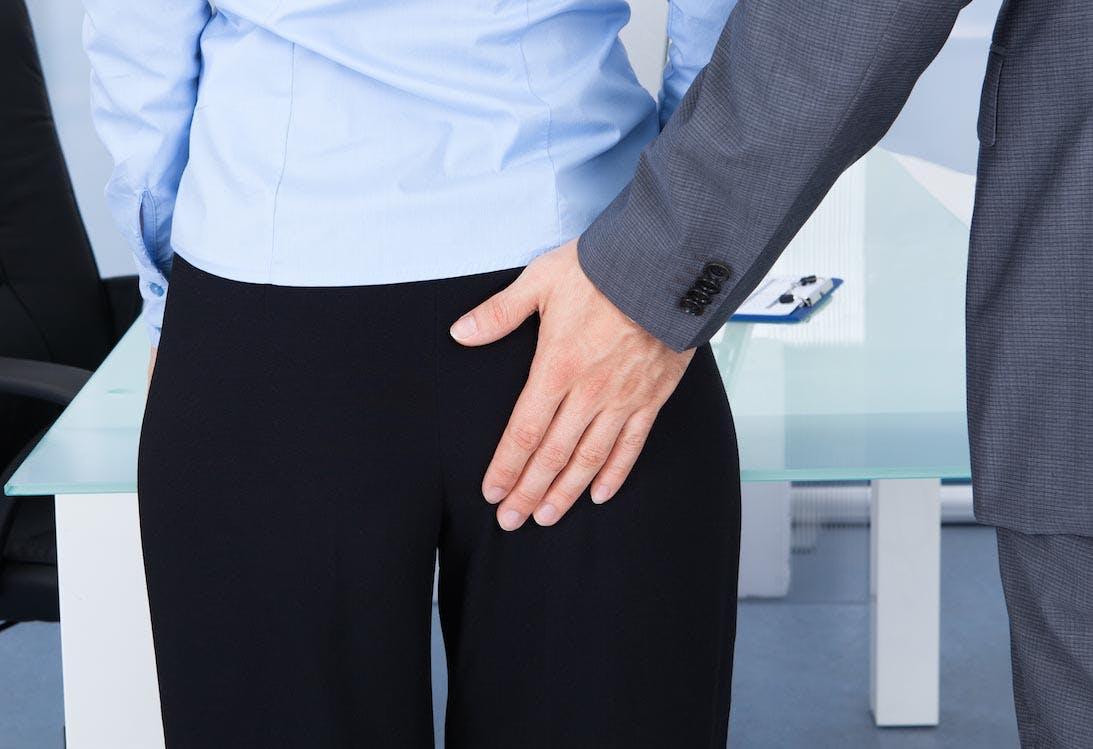 4 Dinge, die Firmen gegen sexuelle Belästigung tun können