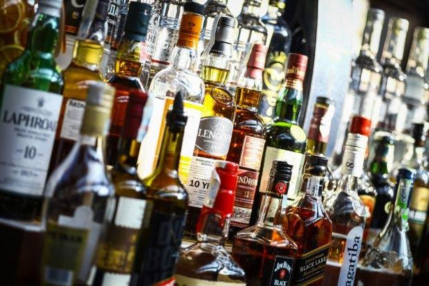Alkohol Weihnachtsfeier.Alkohol Absturz Auf Der Weihnachtsfeier Apps Können Helfen